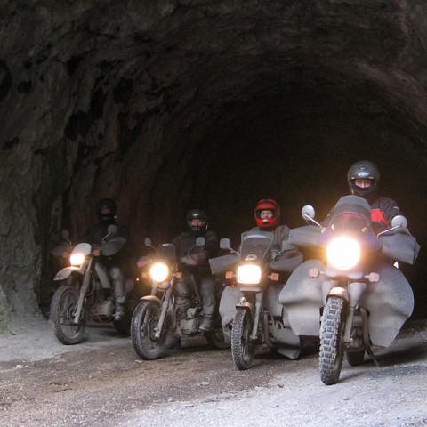 aufSpurensuche_Transsylvanien_Tunnel_Bilcazschlucht
