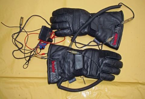 heizbare_Handschuhe_Baehr